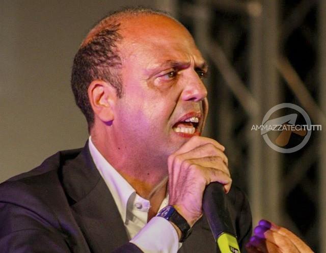 Il Ministro dell'Interno Angelino Alfano (NCD)