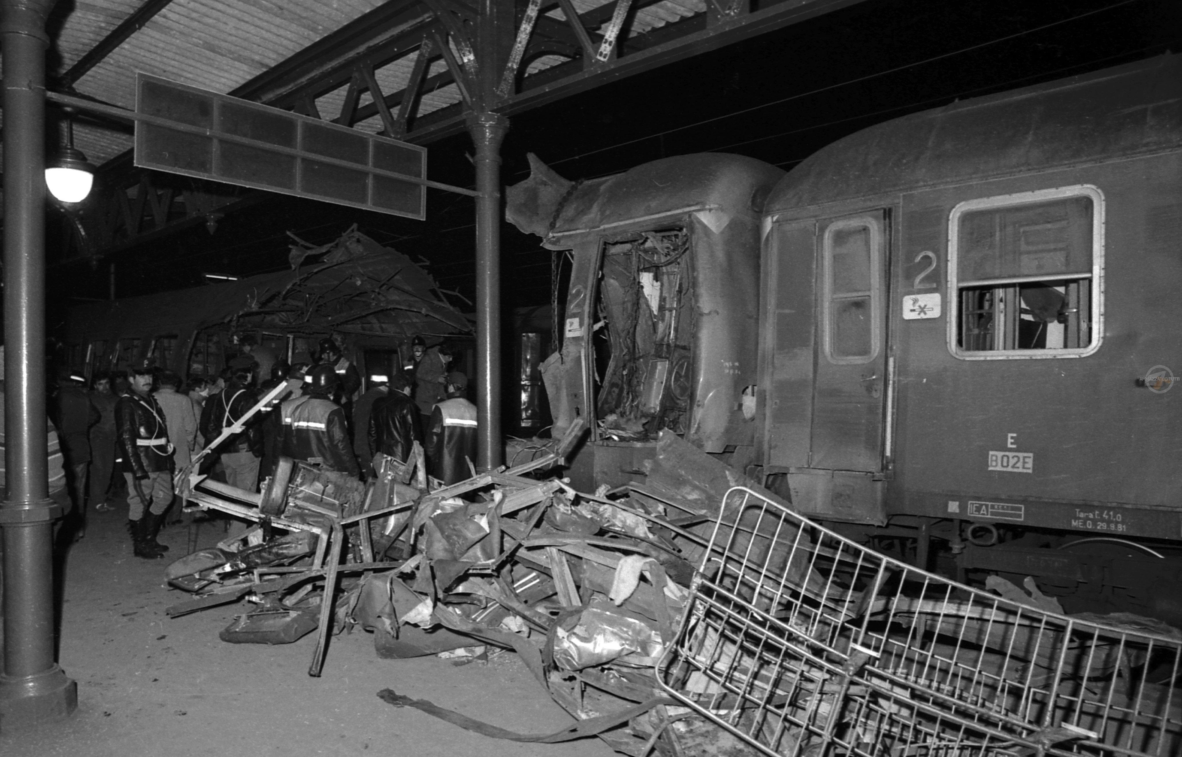 La strage del treno Rapido 904